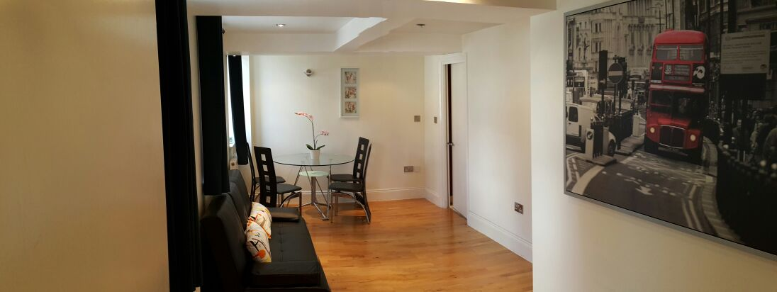 Fabulous 1 Bed Flat Just 10 Seconds Walk to Wimbledon park Tube Station !!!